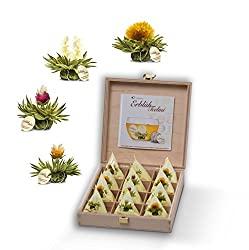 Aufblühtee-Geschenkset in Teekiste aus Holz mit 12 ErblühTeelini in 4 Sorten | Weißer Tee